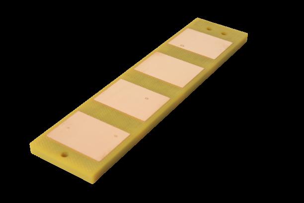 Microchannel liquid cooling device